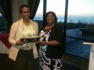 Tammie Mullins-Rice with the 2013 Scholarship Recipient Claudette Onwularu.